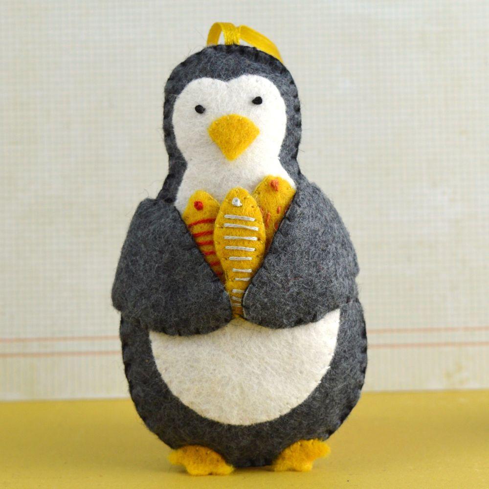 Corinne Lapierre: Penguin
