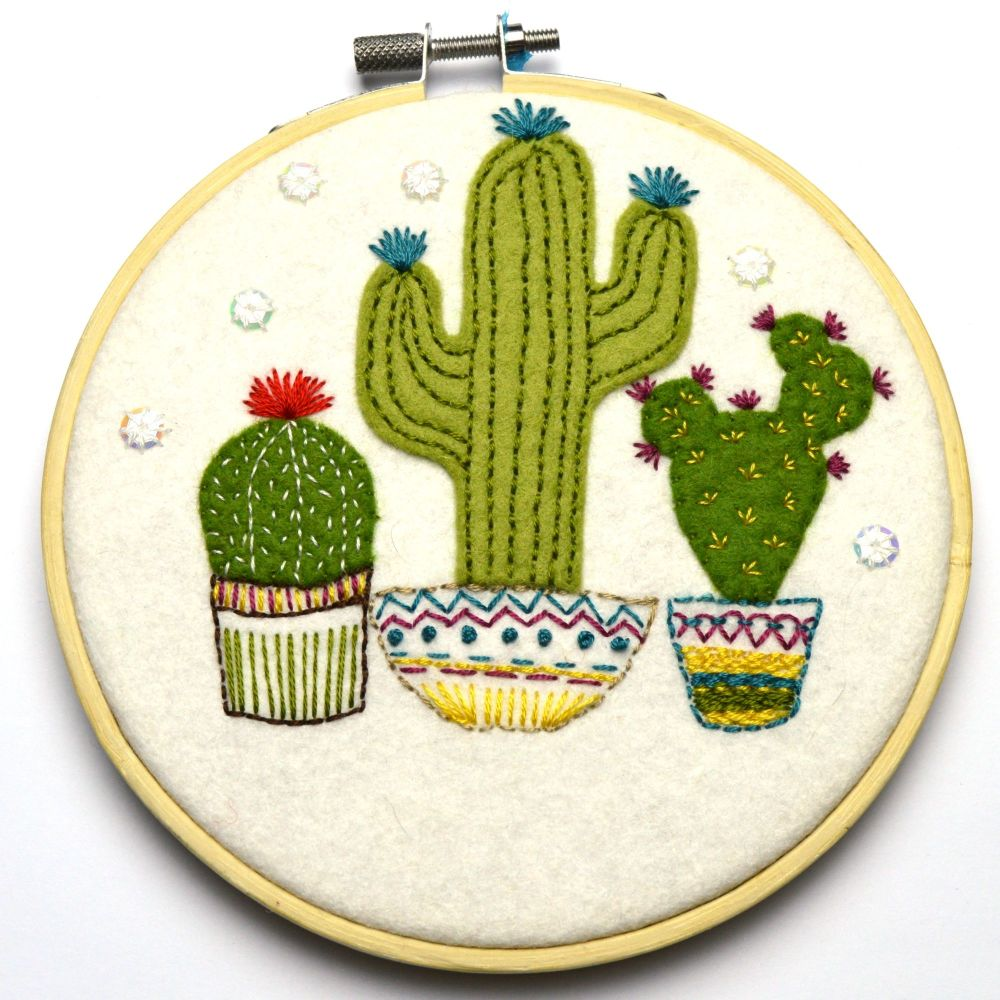 Corinne Lapierre: Cactus