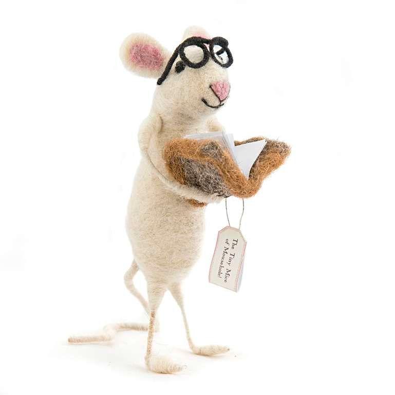 Sew Heart Felt: Book Worm Felt Mouse