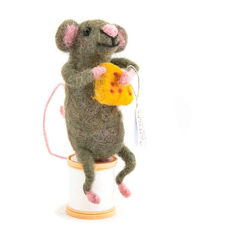 Sew Heart Felt: Big Cheese Felt Mouse