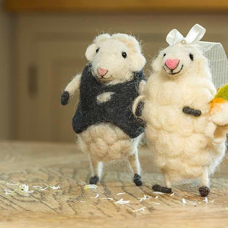 Sew Heart Felt Tiny Animals