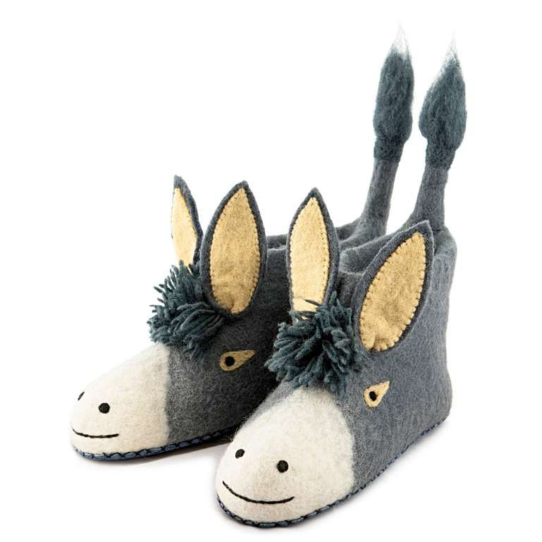 Sew Heart Felt: Darci Donkey Slippers