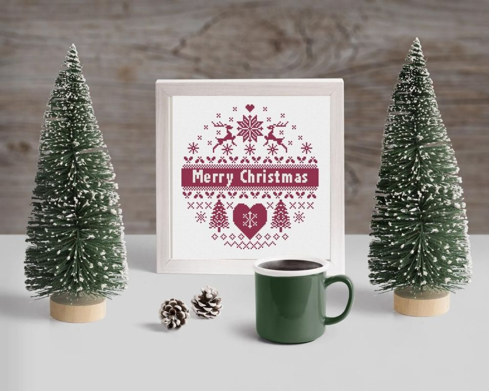 Cinnamon Stitch: Scandinavian Christmas Cross Stitch Kit