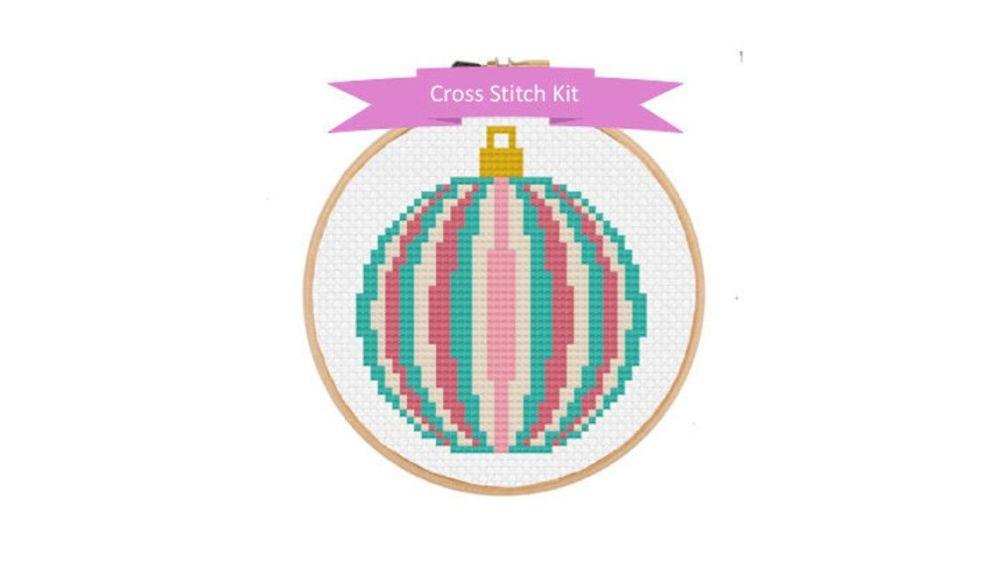 Cinnamon Stitch: Christmas Ball Cross Stitch Kit
