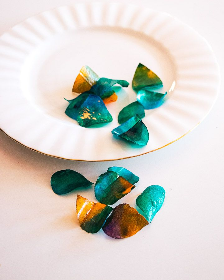 Sweet and Edible Rose Petals: 001 Turquoise