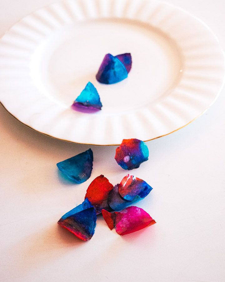 Sweet and Edible Rose Petals: Blue and Red 02