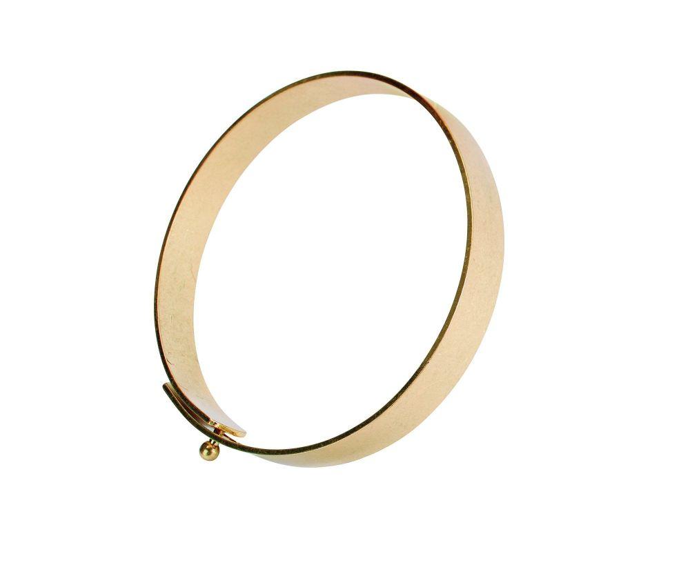 Women's bracelet with adjustable clasp