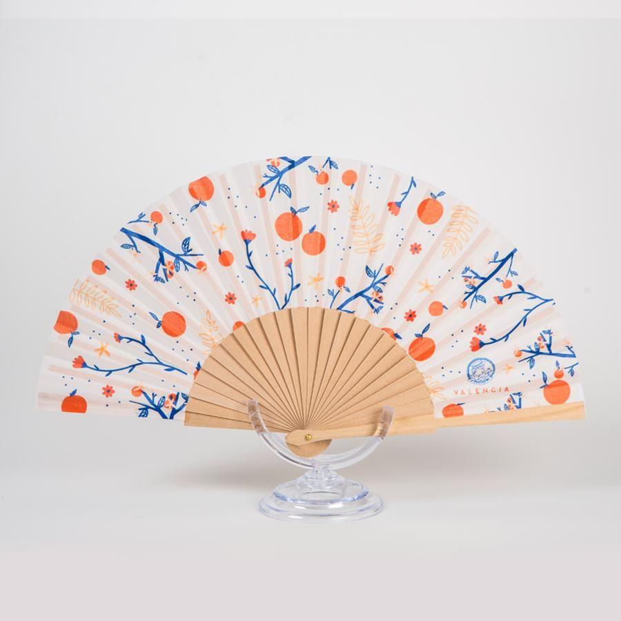 La Postalera: Hand Fan White background with Oranges