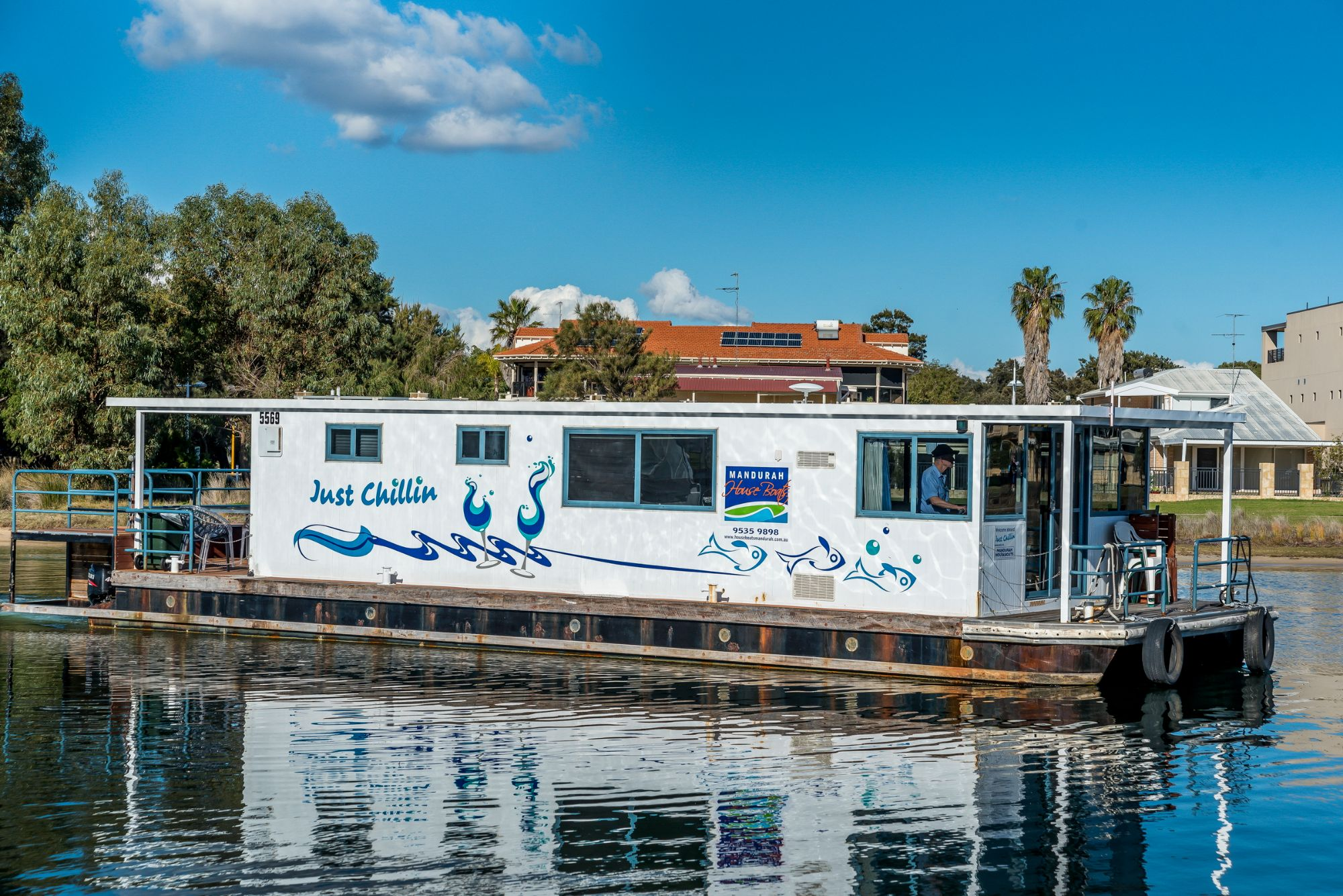 Luxury Mandurah Holidays on board a Houseboat