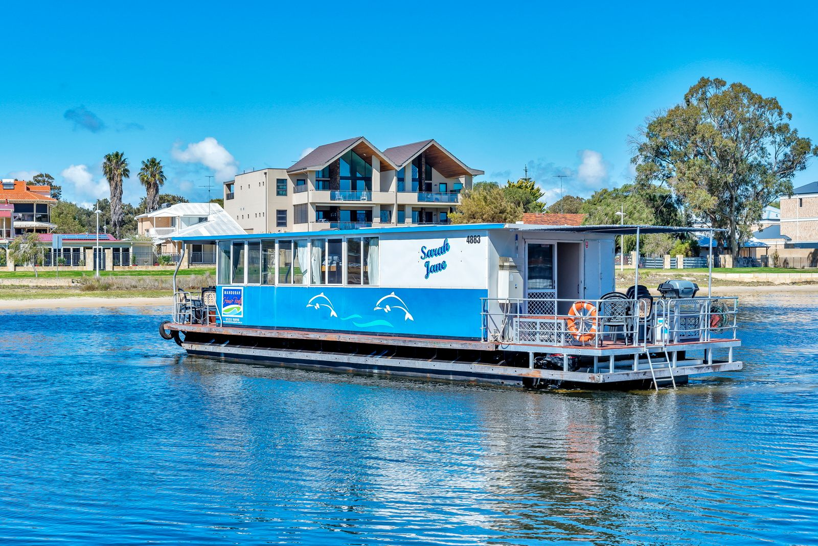Perfect Mandurah Holidays on board a Houseboat
