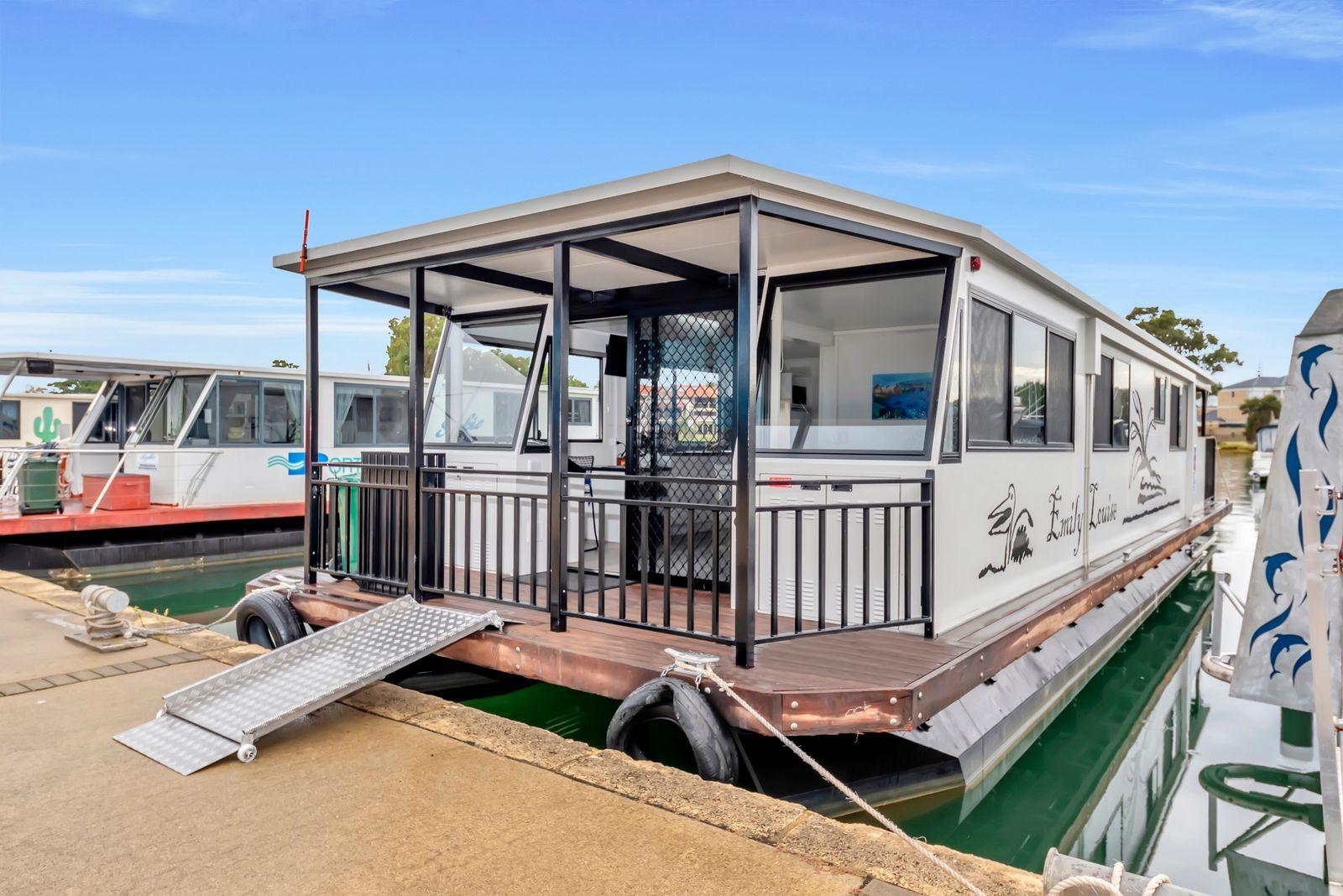 Emily Louise Houseboat Hire - Mandurah Holidays.jpeg