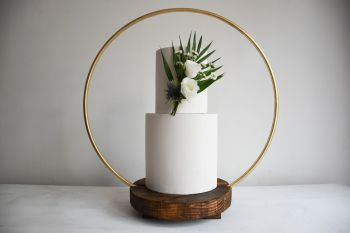 Luxury 50cm Hoop Wedding Cake Stand