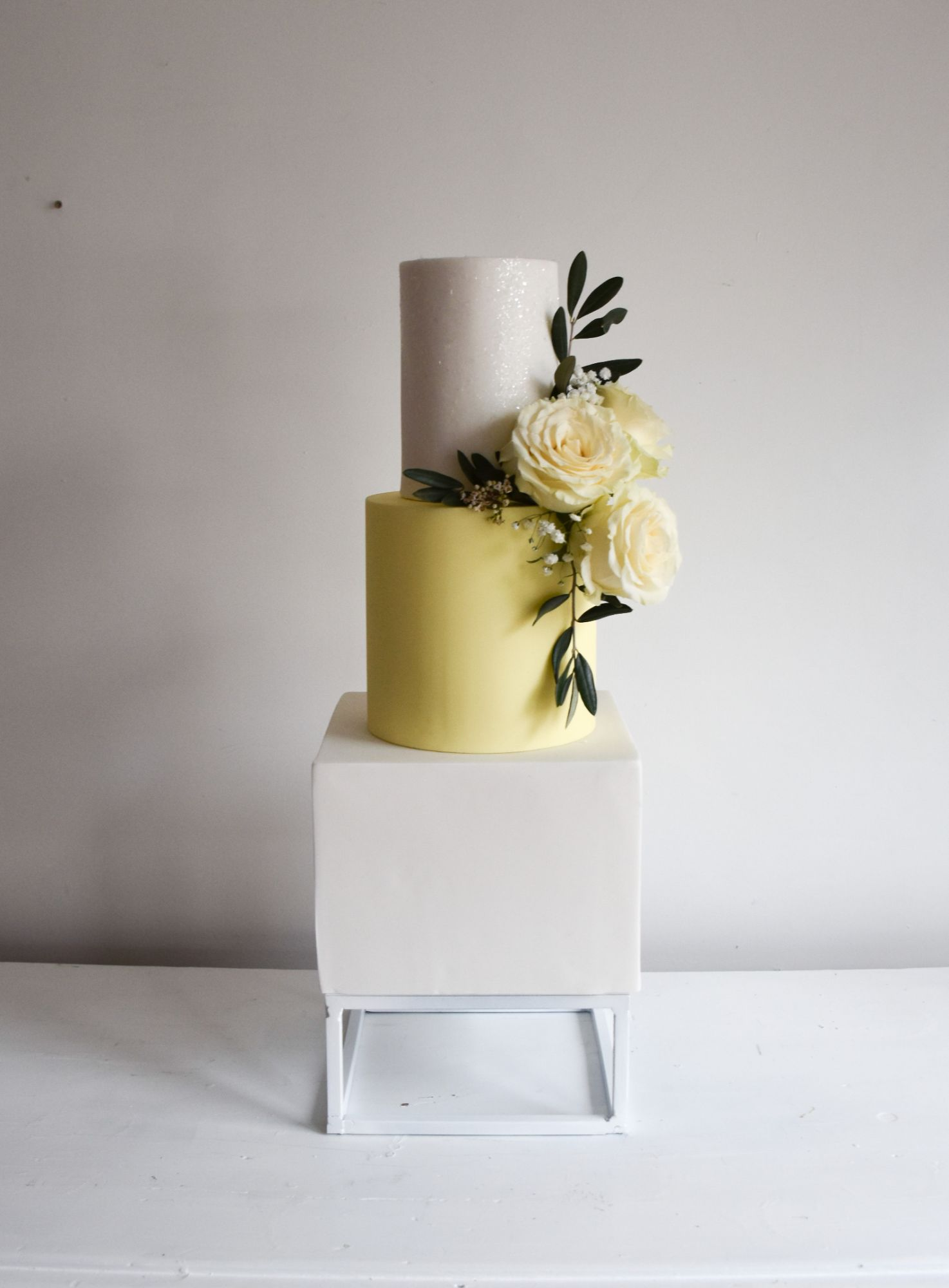 metal wedding cake stands