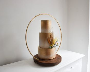 Luxury 60cm Hoop Wedding Cake Stand