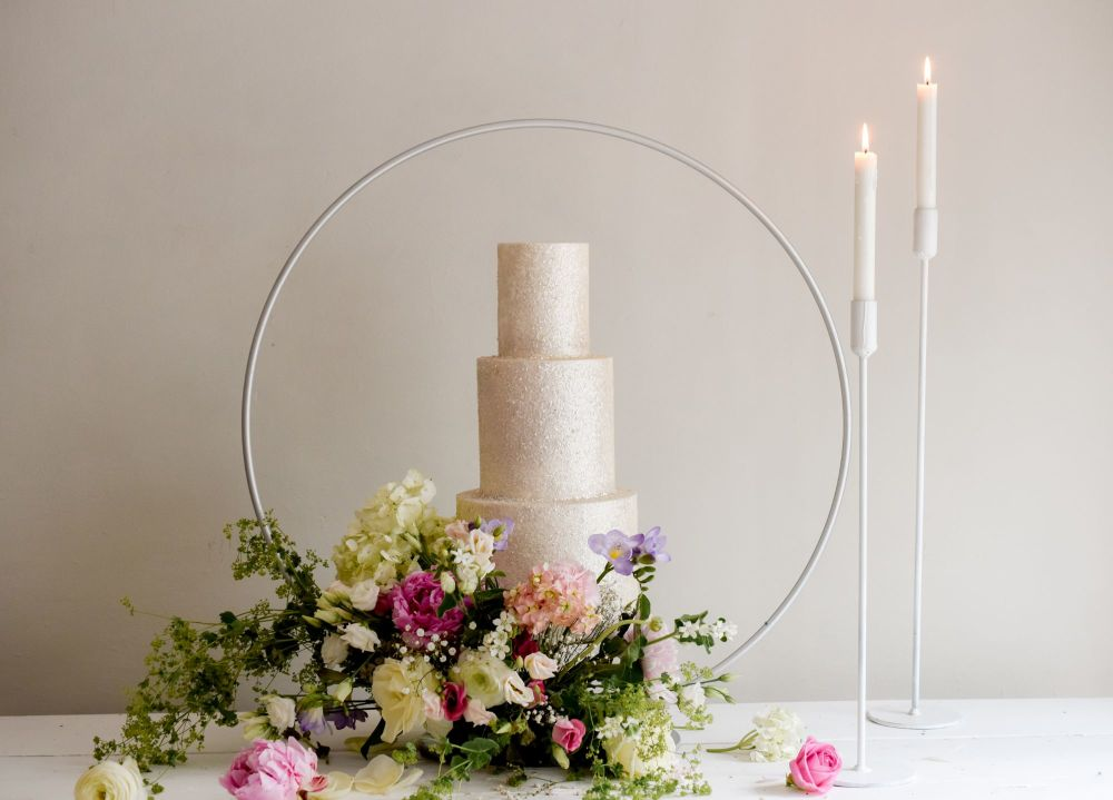NEW IN - 80cm Luxury Floating Cake Hoop Stand