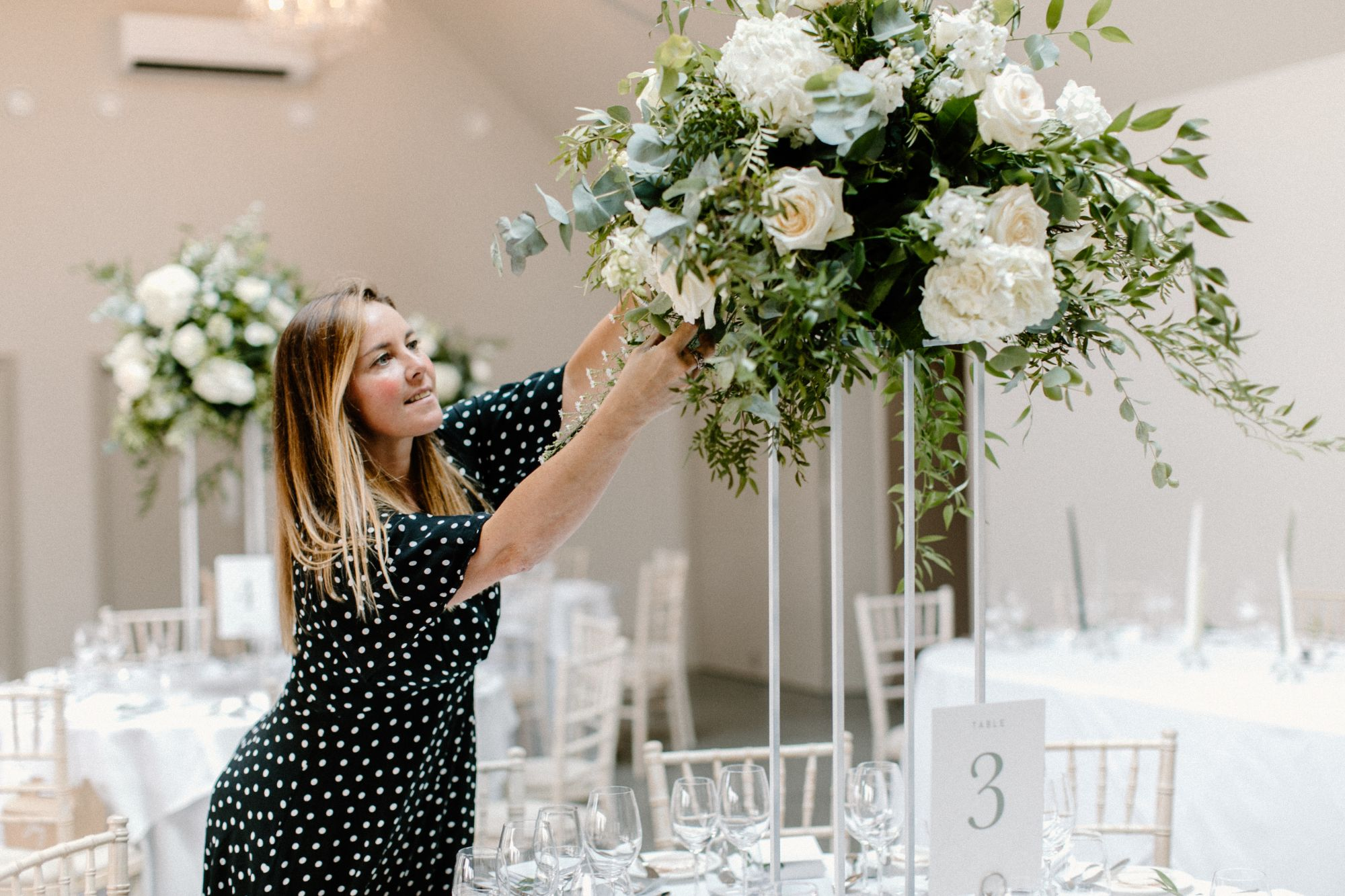 luxury wedding cake stand
