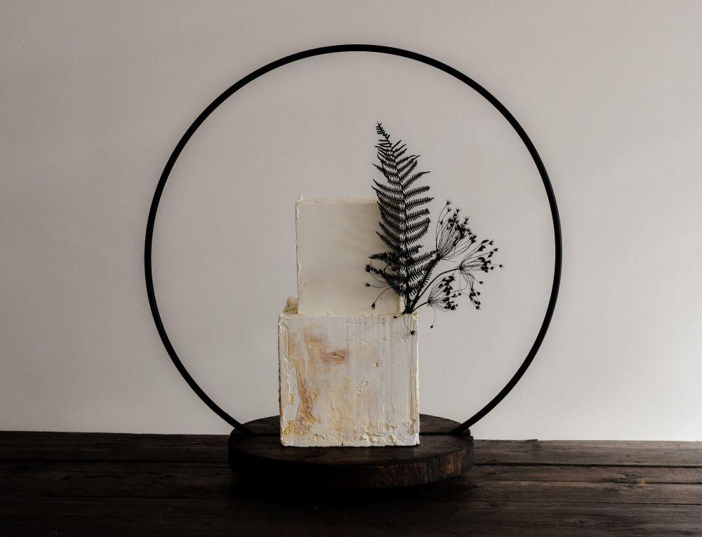 Luxury 50cm Hoop Wedding Cake Stand