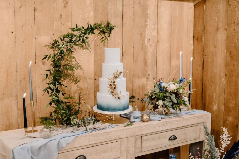 Crescent Moon Stand with cake plate