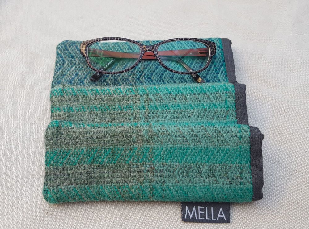 Shetland Tweed Slim Glasses Case