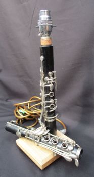 Clarinet in two pieces on waxed oak ~ Instrument Light / Lighting