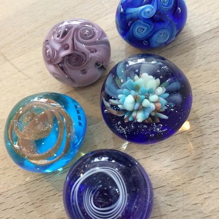 Mini paperweights