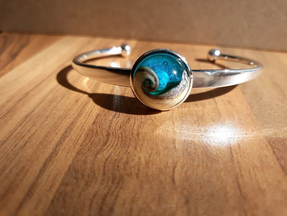 'The Wave' Bangle
