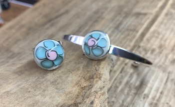 Spring flowers , pale blue and pink bangle and ring set