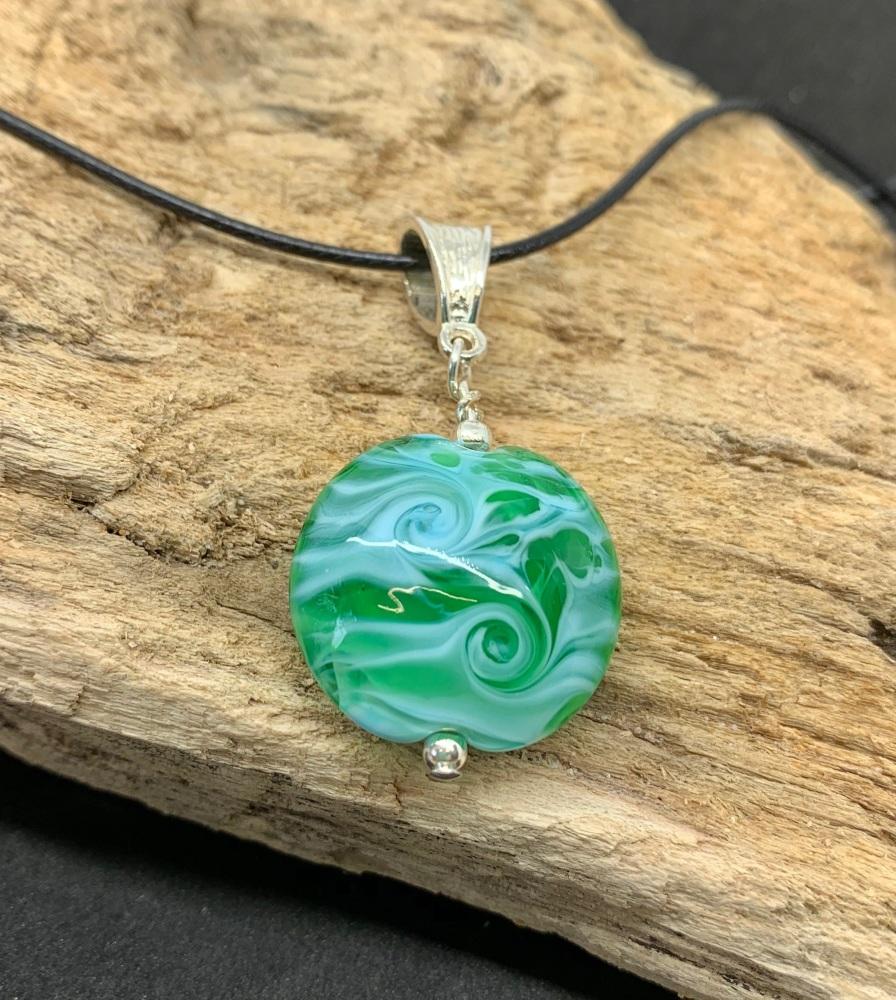 'Oceania' pendant