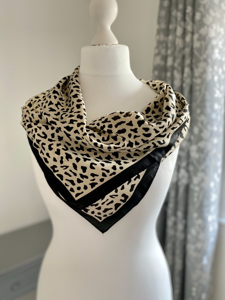 Cheetah Print Square Silk Feel Scarf