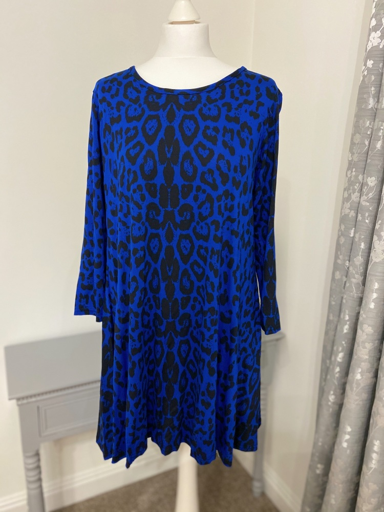 Curve Animal Print Coat Blue Jersey Top