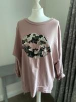 Pink Metallic Lips Foil Print Sweatshirt
