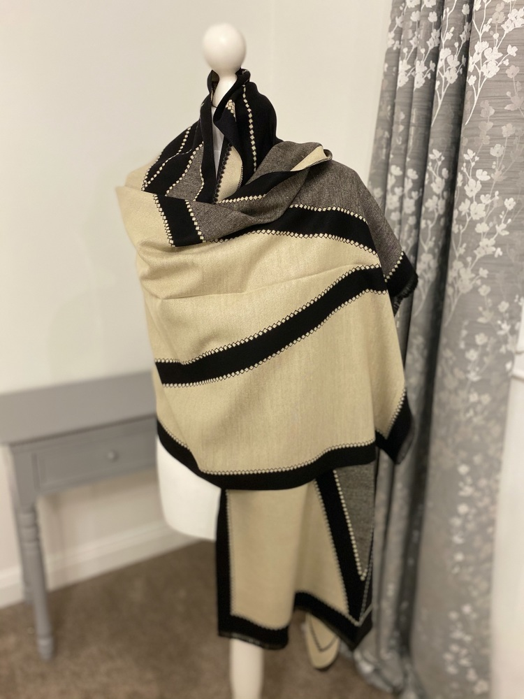 Black & Cream Abstract Print Cashmere Mix Scarf