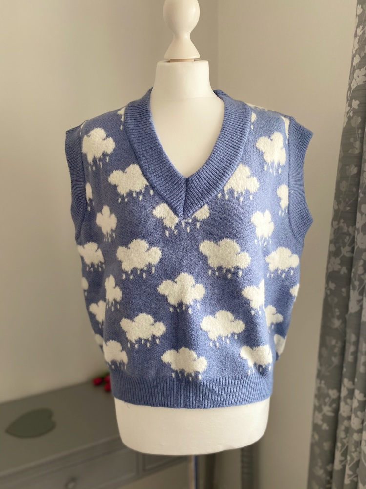 Snuggly Cloud Print Knitted Tank Top