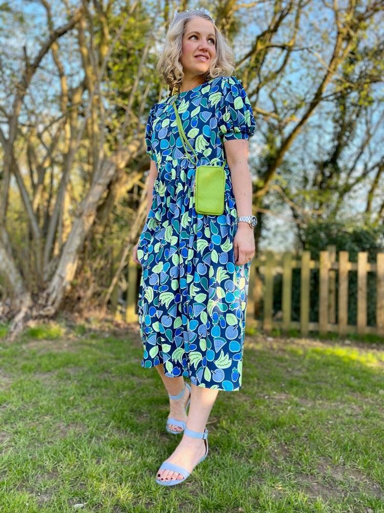 Blue fruity puff sleeve summer dress