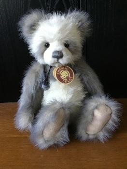 Charlie Bears Pip