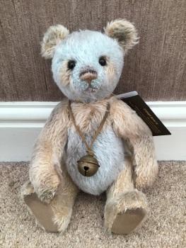 Charlie Bears Arnold