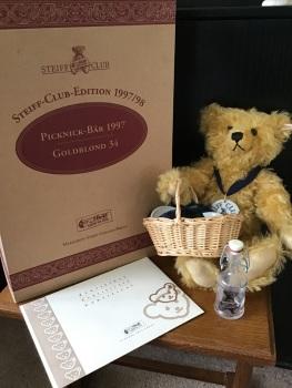 Steiff Picnic 1997 Teddy Bear