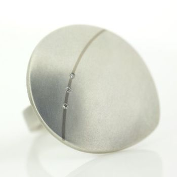 Flint Silver Ring with Diamonds - Large