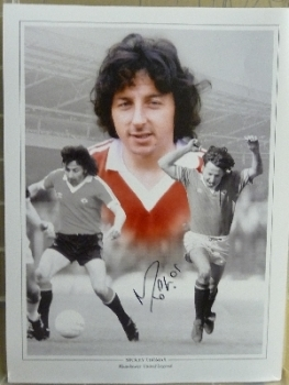 Mickey Thomas Signed 12x16 Manchester United Photograph