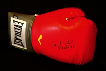 Evander Holyfield Signed Red 16oz Everlast Boxing Glove