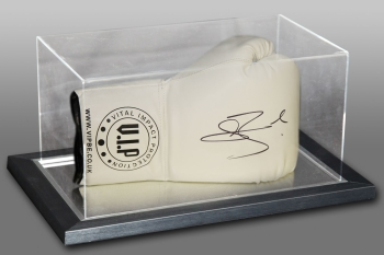 Connor Benn Hand Signed White VIP Boxing Glove In An Acrylic Case