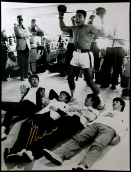 Muhammad Ali Signed 30x40 Photograph With The Beatles Online Authentics