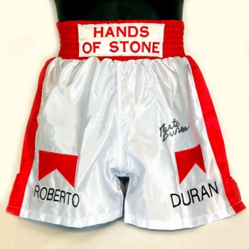 Roberto Duran Hand Signed Replica Custom Made Boxing Trunks : A