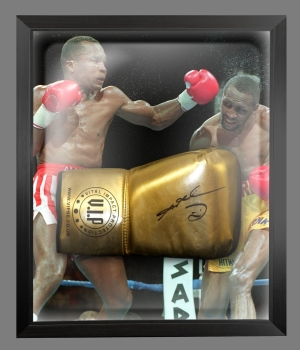 Sugar Ray Leonard Signed And Framed Boxing Glove