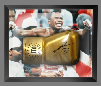 Sugar Ray Leonard Signed Gold VIP Boxing Glove In A Dome Frame : C