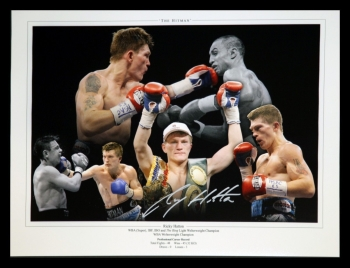*New* Ricky Hatton Hand Signed 12x16 Boxing Photograph