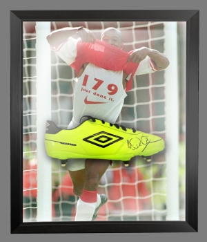 Ian Wright Signed Football Boot In An Acrylic Dome Presentation : B