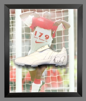 Ian Wright Signed Football Boot In An Acrylic Dome Presentation : A