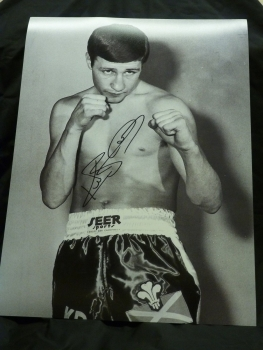 Ken Buchanan Signed 12x16 Boxing Photograph : B