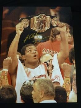 Riddick Bowe Signed 12x16 Boxing Photograph. : B